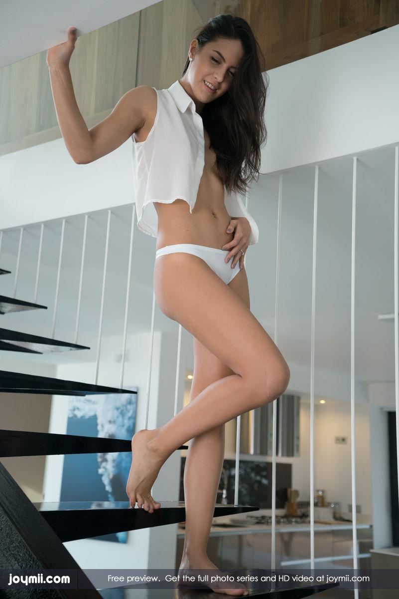 Carolina in sexy string